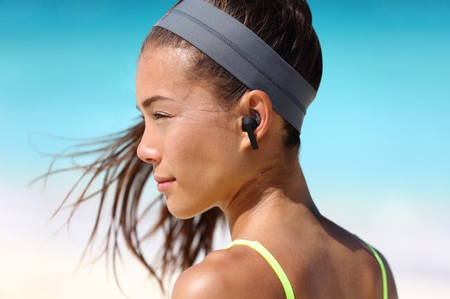 Wireless Bluetooth Earbuds Reviewed The Best Earbuds On The Market Uk 2021 Nationalworld