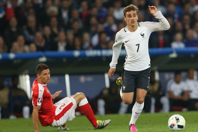 <p>France's Antoine Griezmann in the 2016 Euros, where he picked up the Golden Boot</p>