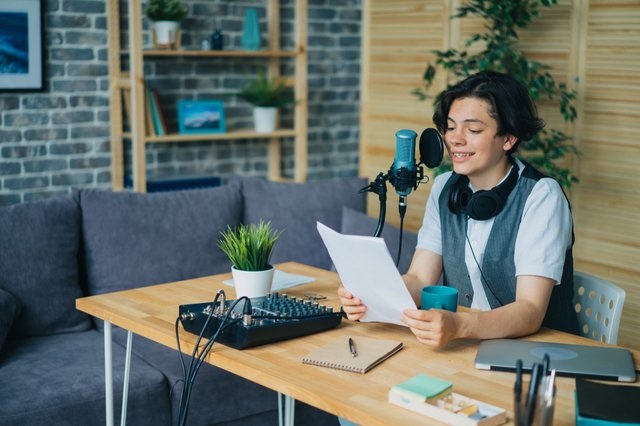 <p>Start your podcast, blog,  or vlog with these great USB microphones</p>