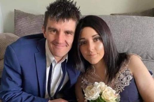 Mum-of-four dies of cervical cancer after doctors mistook symptoms for menopause and check-ups were cancelled due to the pandemic (Photo: JustGiving/Stephen Evans)