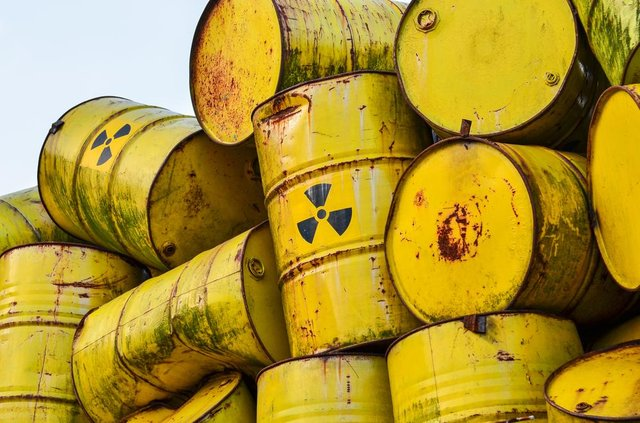 Radioactive substances are widely used at nuclear sites, in medical and healthcare settings, for industrial radiography or in research and academia. Image: Shutterstock