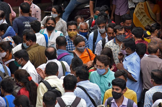 India is reporting around 290,000 new Covid cases per day (Photo: Getty Images)