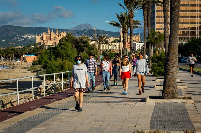 Spain will lift its entry restrictions for travellers from the UK on 30 March