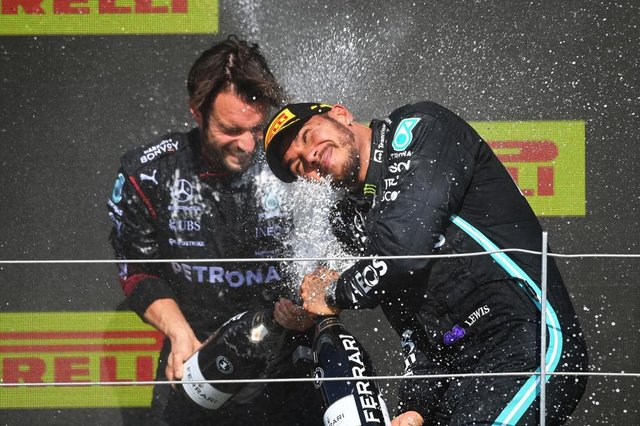 Silverstone F1: Lewis Hamilton wins 2021 British Grand Prix after crash  with Max Verstappen – results explained | NationalWorld