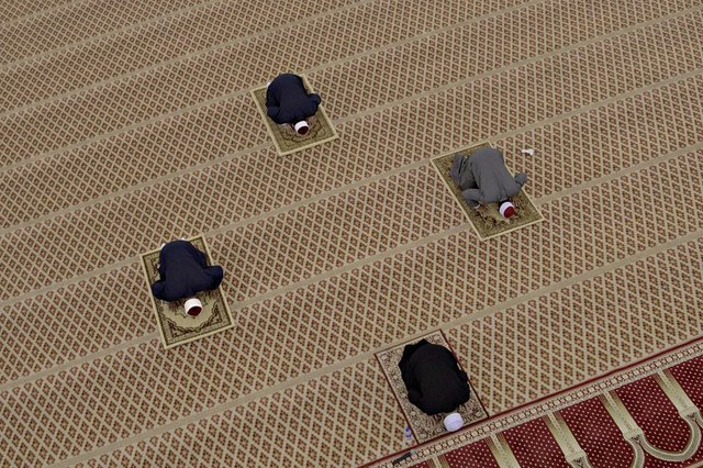 Ramadan is the ninth month of the Islamic calendar and is marked by Muslims around the world fasting for 30 days. (Rahman Roslan/Getty Images)
