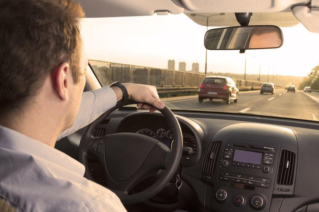 Drivers paid 'as little as £4 per hour' mount legal challenge forworker's rights (Photo: Shutterstock)