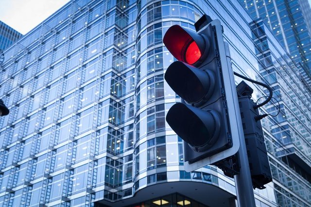 The Westminster Government is considering the introduction of a traffic light travel system (Shutterstock)