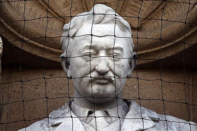A statue of Cecil Rhodes is displayed on the front of on Oriel College. The College has decided to keep its statue of Cecil Rhodes despite the Rhodes Must Fall campaign (Photo: Carl Court/Getty Images)