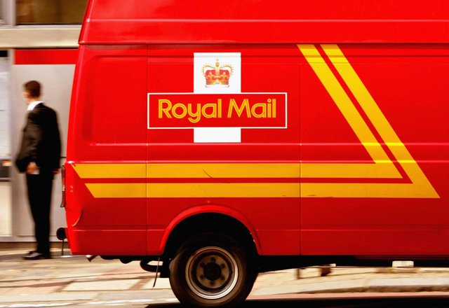 People have been sent a message from 'Royal Mail' claiming their parcel is awaiting delivery but a fee must be paid (Getty Images)
