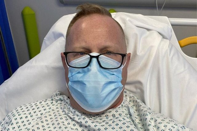 A man who suffered a heart attack thought to be caused by stress has gone viral after sharing his rules for living a better life online (Photo: Jonathan Frostick/LinkedIn)