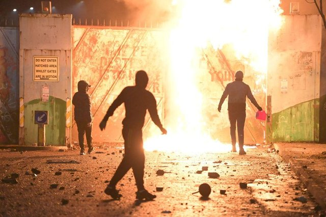 Violence and rioting has broken out across Belfast, Derry and Carrickfergus (Photo: Charles McQuillan/Getty Images)