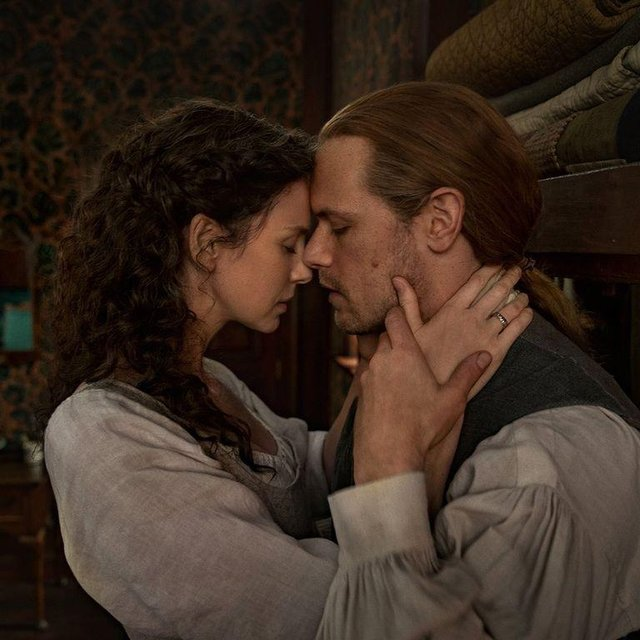 Heughan and Balfe both return for the sixth series (Picture: Starz)