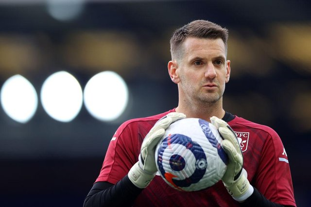 Tom Heaton has returned to fitness with Aston Villa, but will join Man United on a free transfer this summer.