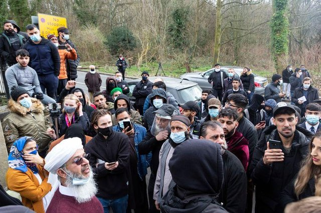 The protest at Batley Grammar School after a teacher reportedly showed students a caricature deemed offensive to the Islamic faith (Lee McLean/SWNS)