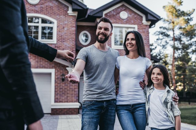 Average UK house prices have risen to a new record high of a third-of-a-million pounds, according to new figures published by Rightmove. (Pic: Shutterstock)