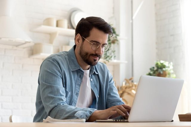 The fourth instalment of the Self-Employment Income Support Scheme grant will be set at 80 per cent of 3 months' average trading profits (Photo: Shutterstock)