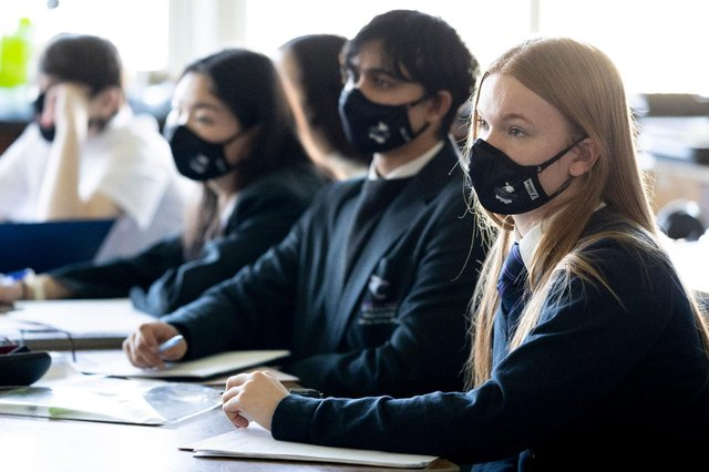 Children could be required stay in school for an extra two and a half hours each week from 2022 (Getty Images)