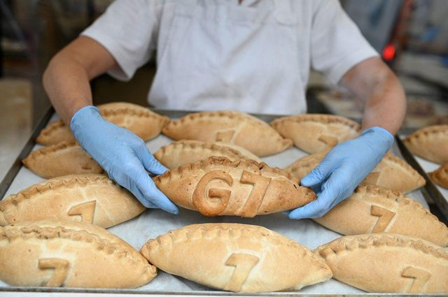 Freshly baked G7 Cornish pasties are placed in the window of a pastry shop in Cornwall on the first day of the three-day G7 Summit (Photo by Oli SCARFF / AFP) (Photo: OLI SCARFF/AFP via Getty Images)