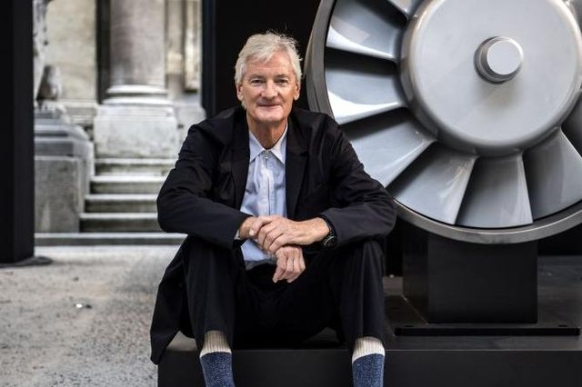 Sir James Dyson: who is ventilators entrepreneur - and what did Boris Johnson say to him over text about tax? (Photo: CHRISTOPHE ARCHAMBAULT/AFP via Getty Images)