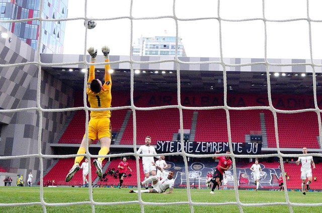 Nick Pope of England.  (Photo by Mattia Ozbot/Getty Images)
