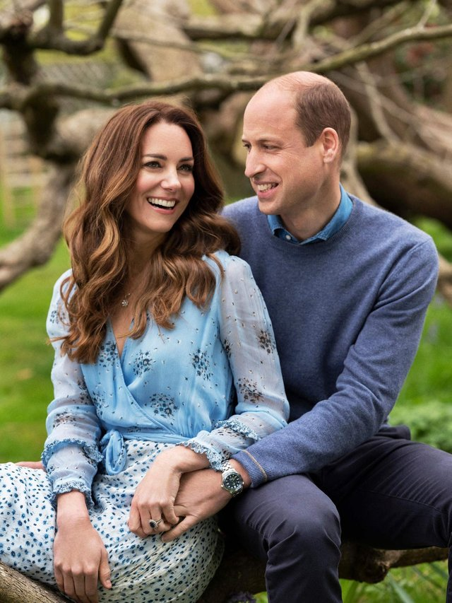 William and Kate released new portraits, ahead of their 10th anniversary (Picture: Chris Floyd)